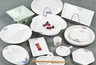 仿瓷环保餐具